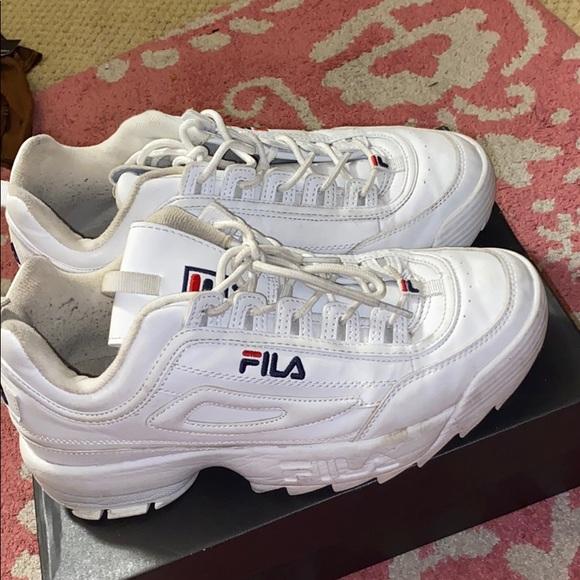 Fila Shoes | Old White Filas | Poshmark
